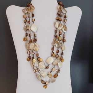 Jewelry - 3 strand layered natural shell necklace
